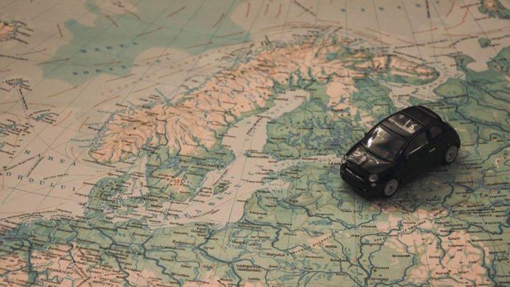 Dlaczego warto wybrać się na wakacje samochodem?